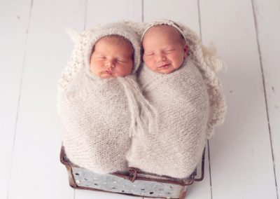 newborn photography twins